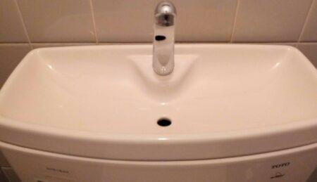 トイレ(トイレタンク)の清掃&水回りコーティングを東京都港区にて行いました。【施工事例6】
