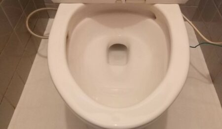 トイレの清掃&水回りコーティングを東京都新宿区にて行いました。【施工事例5】